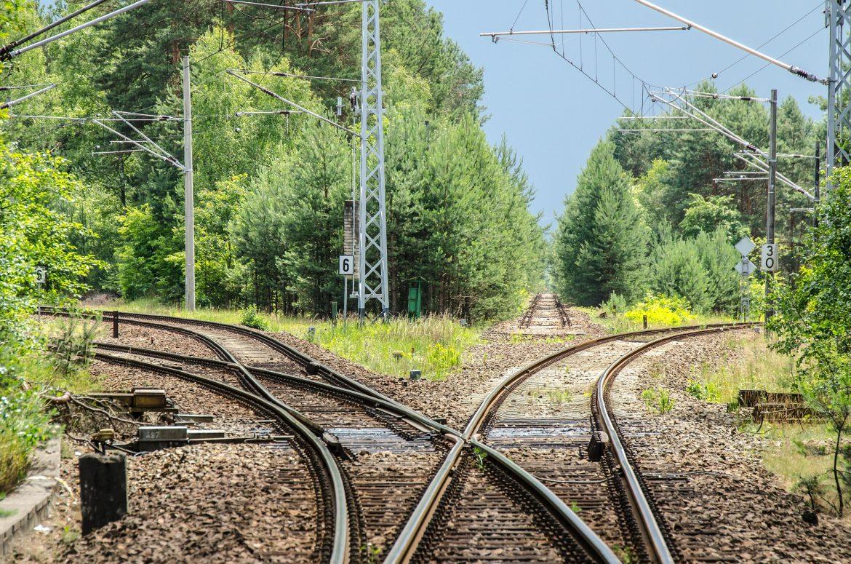Pixabay_railway-2100353_1920
